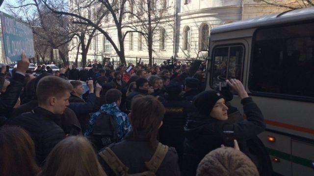 اعتقال المعارض الروسي البارز اليكسي نافانلي في موسكو