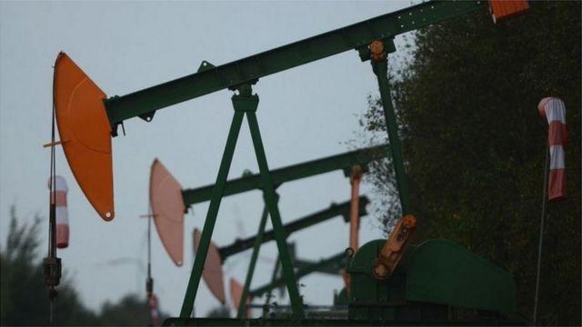 هر بشکه نفت برنت در معاملات صبح امروز با ۸۰ سنت افزایش به ۴۵ دلار و ۷۶ سنت رسید