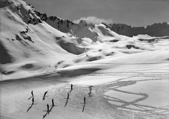 Skiers at a mountain pass, after the war (1952)