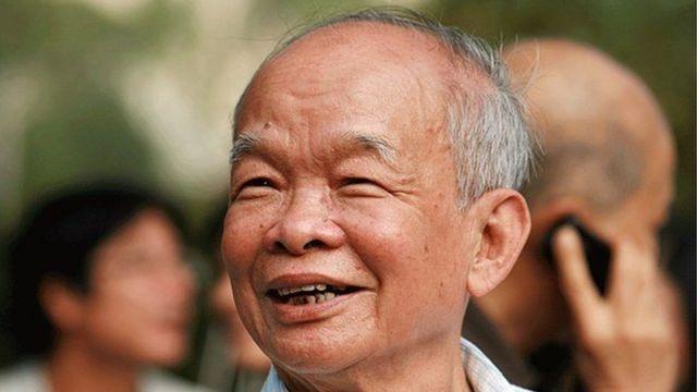 Nhà văn Nguyên Ngọc, tên thật là Nguyễn Trung Thành, tác giả của truyện ngắn Rừng xà nu được giảng dạy trong sách giáo khoa ngữ văn lớp 12