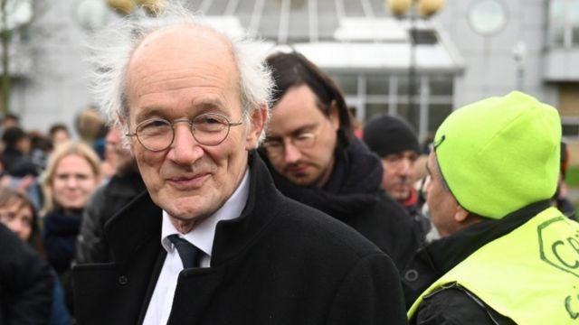 Отец основателя WikiLeaks Джон Шиптон
