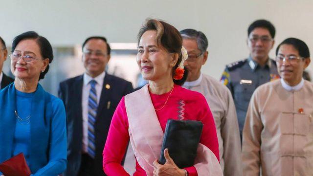 ပိုးလမ်းမစီမံကိန်း BRI ဖိုရမ် တက်ရောက်ဖို့ ဒေါ်အောင်ဆန်းစုကြည် တရုတ်နိုင်ငံကို သွားရောက်