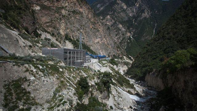 中國四川大山深處的一家虛擬貨幣「礦場」。