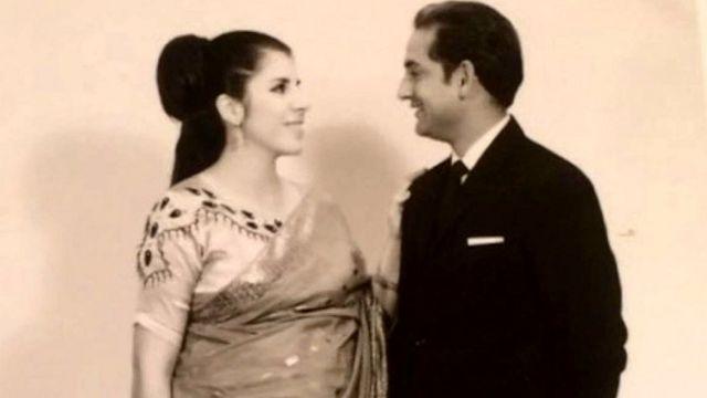اسلام شیخ اپنی بیوی کے ساتھ