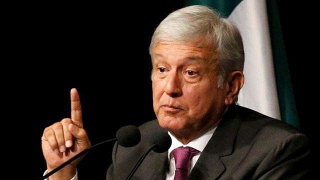 Andrés Manuel López Obrador en un discurso