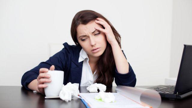 العمل أثناء المرض