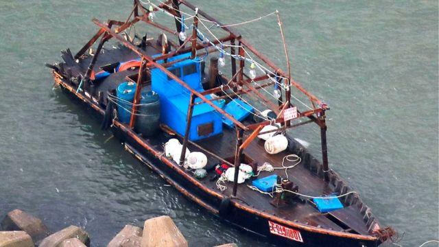 Las embarcaciones, sin ingeniería moderna o sistema de navegación.