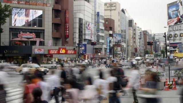炫目的广告牌、诱人的商铺、各色潮人,这里就是不知让多少人迷失的东京。