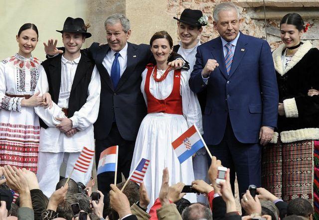 Буш у Хорватії