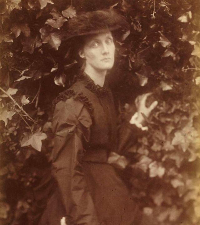 Мати Вірджинії Вулф у віці 28 років
