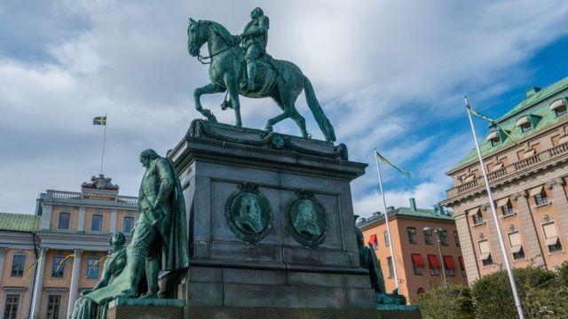 Estátua do rei Gustavo Adolfo em Estocolmo