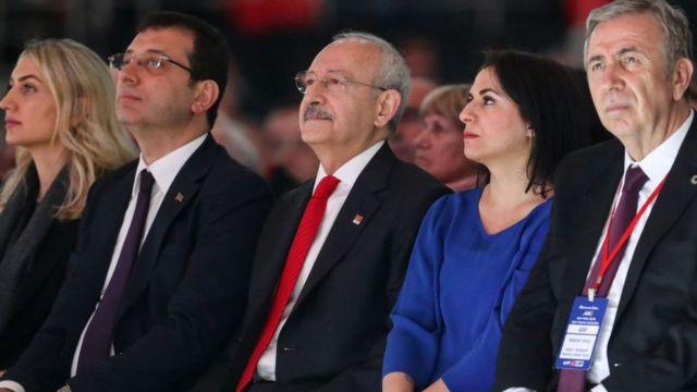 Kemal Kılıçdaroğlu, İstanbul'da Ekrem İmamoğlu'nu (Solda) Ankara'da ise Mansur Yavaş'ı aday gösterdi.