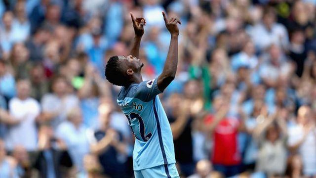Le nigérian Kelechi Iheanacho a encore trouvé le chemin des filets avec Manchester City qui s'est facilement imposé 4 buts à 0 face à Bournemouth.