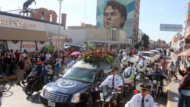 Cortejo fúnebre de Juan Gabriel.