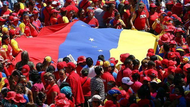 """Manifestación en Venezuela en 2013 celebrando 24 años del """"Caracazo""""."""