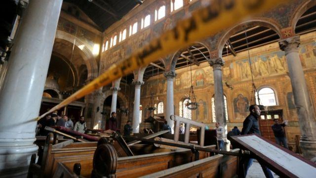 دمار واسع لحق ببهو الكنيسة عقب التفجير