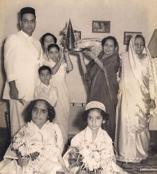 जहांगीर इंजीनियर अपने पूरे परिवार के साथ.