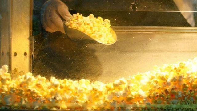 مبيعات الفشار في دور السينما
