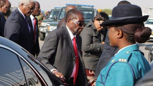 Mr Mugabe