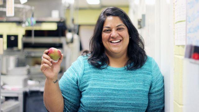 تقول الطباخة جوشنا ماهاراج إنها لا تتمكن من الشم منذ 5 سنوات
