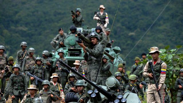 Soldados venezuelanos