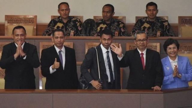 Pimpinan KPK terpilih periode 2019-2023 (dari kiri) Firli Bahuri, Nurul Ghufron, Nawawi Pomolango, Alexander Marwata dan Lili Pintauli Siregar.