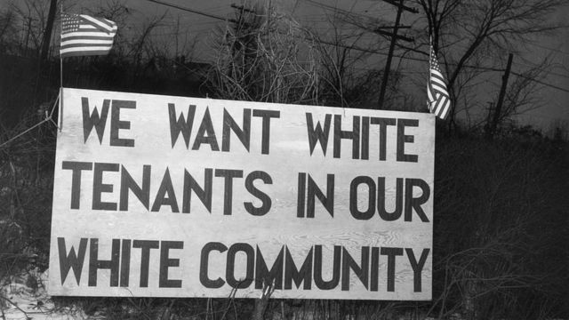 A notice posted in Detroit, Michigan in 1942 in front of a social housing project that says
