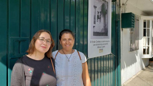 Amparo y Alondra visitan la escuela Kinder Condesa.