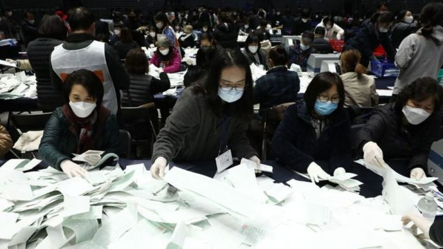 انتخابات پارلمانی کره جنوبی با وجود همهگیری کووید-۱۹ برگزار شد