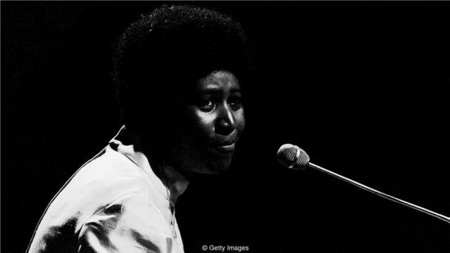 艾瑞莎經常邊彈邊唱,當她於1967年轉入大西洋唱片公司時,她的事業進入了成熟時期。