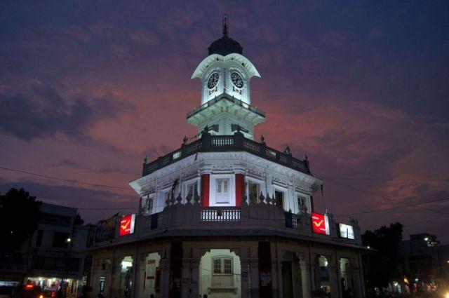 Torre del reloj en Ujjain