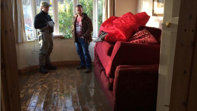 浸水被害に遭ったヨークの住宅