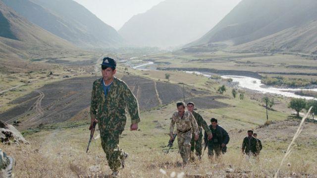 Таджикско-киргизская граница