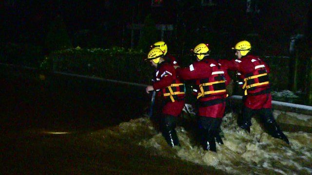 Flood rescuers in Scottish town of Inverurie