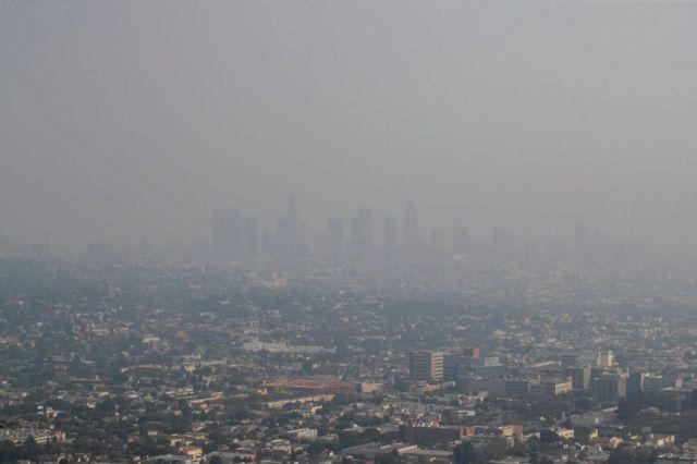 Bu yaz Kaliforniya ormanlarında çıkan yangınlar şehri duman altında bırakmıştı.