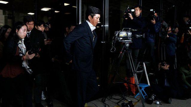 Ko ha sido objeto de fascinación pública desde que se conoció el escándalo.