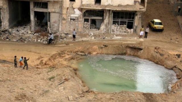 पानी की कमी के कारण लगभग बीस लाख लोगों का जनजीवन प्रभावित हो रहा है.
