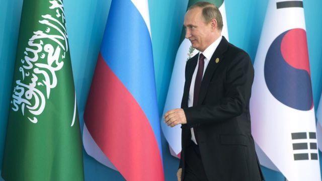 トルコで開かれたG20に到着したロシアのプーチン大統領