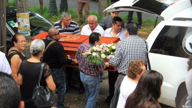 Enterro de Mara Castilla