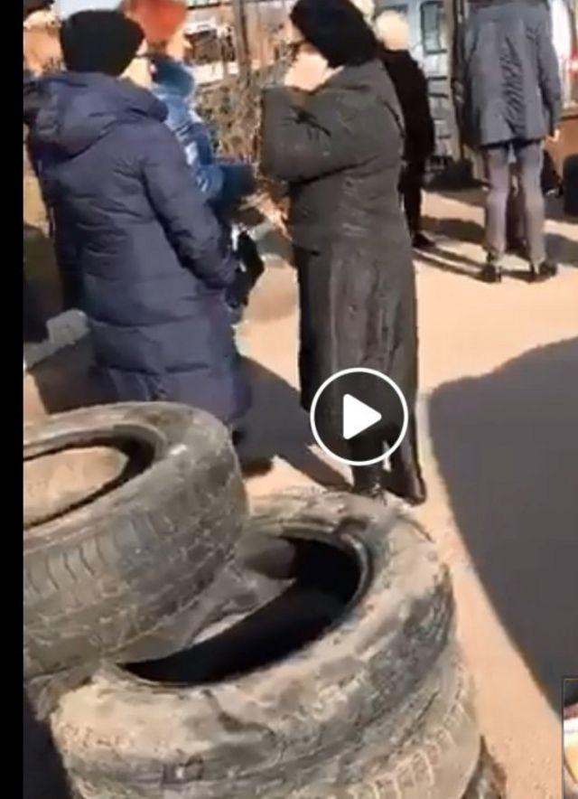 Фото з протесту. ТРК ПЕРШИЙ ЗАХІДНИЙ