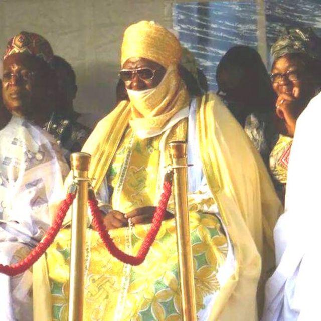 M. Njoya est issu d'une lignée royale