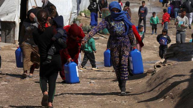 لاجئون سوريون في مخيم غير رسمي في سهل البقاع (صورة أرشيفية)