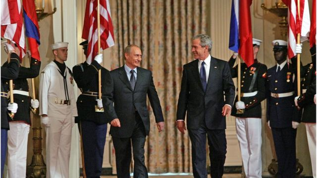 TT Bush tiếp đón TT Putin tại Nhà Trắng năm 2005