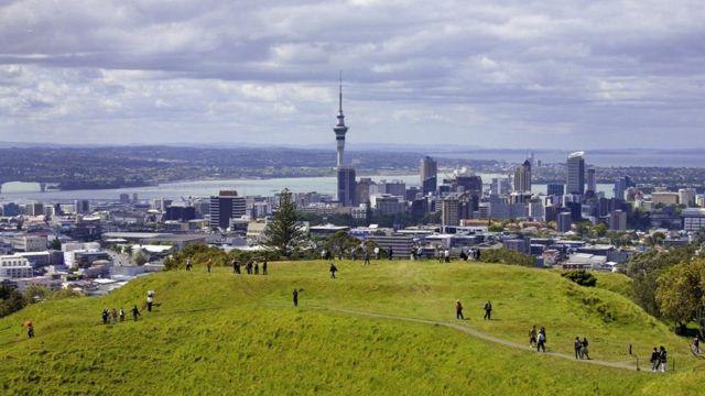 Auckland ayaa kaalinta kowad soo gashay