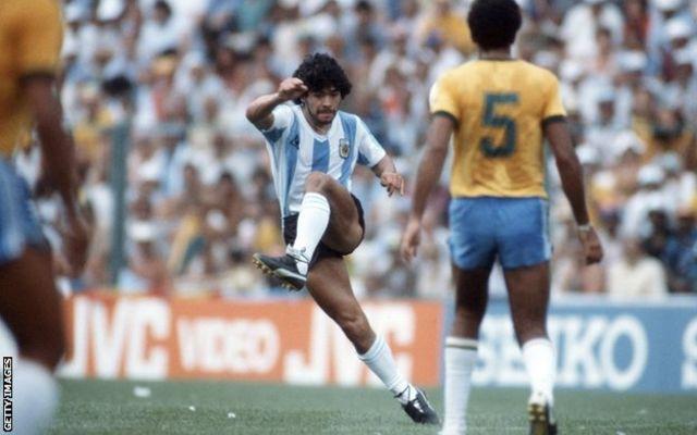 Diego Maradona mwaka 1982