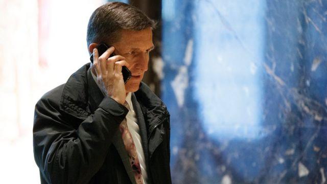 مايكل فلين أجرى عدة اتصالات هاتفية مع السفير الروسي في واشنطن يوم 29 ديسمبر، حسب مصادر مطلعة