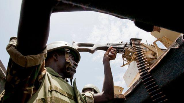 Un soldat burundais sur la ligne de front en Somalie