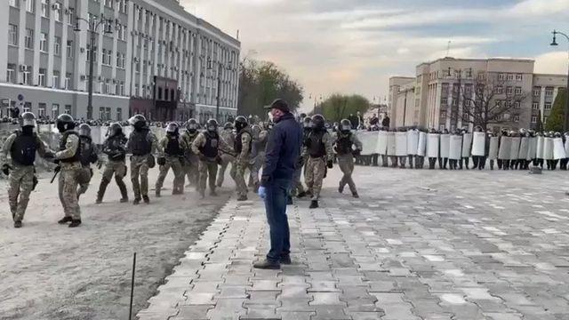 Вечером поступили сообщения о стычках и разгоне акции протеста