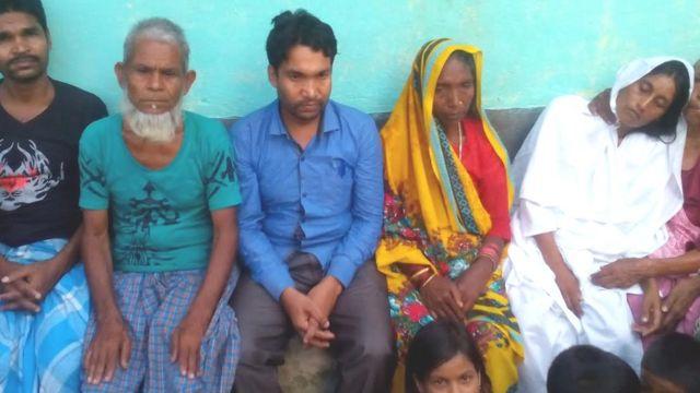 मोजिम अंसारी और उनका परिवार