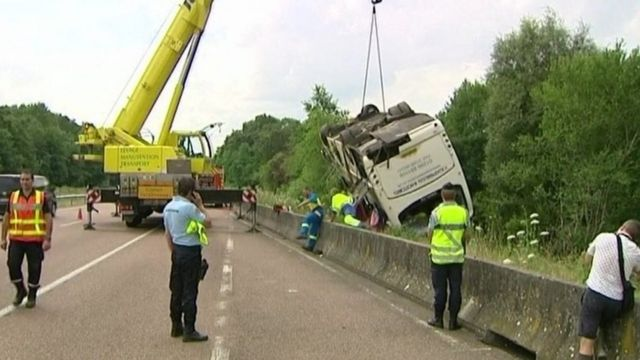 France coach crash recovery work